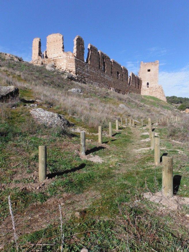 Sendero murallas de Daroca